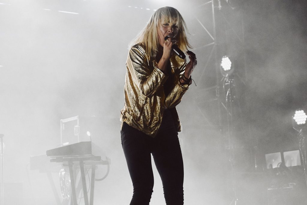 Emily Haines with Metric